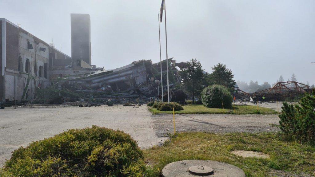 Kristiinankaupungin voimalaitoksen öljykattilarakennus kaadettiin räjäyttämällä